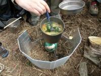 昼食は春雨スープをいただいた